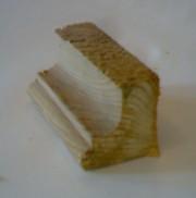 Плинтус напольный фигурный,  деревянный цельный
