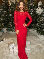Длинное кружевное красное платье